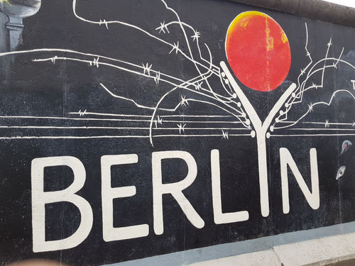 Berlin itinerary - a walk on Berlin Wall and the journal of Europe's recent history